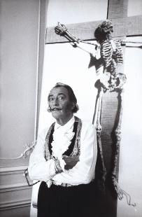 Salvador Dalí, Paris